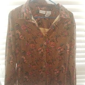 White Stag Women's button up Polyester blouse L